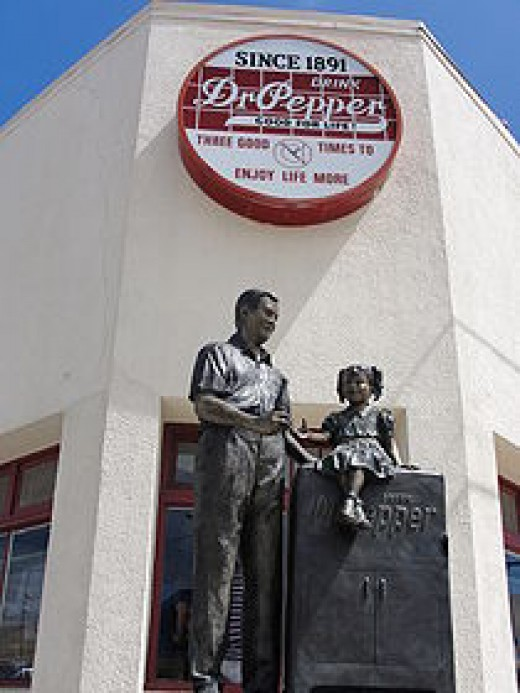 The front of the old Dublin Dr. Pepper plant.