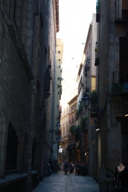 Walking and Shopping Tour in Barcelona, Spain