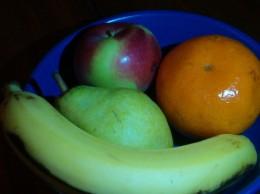 Avoid processed sugars - choose fruit instead!