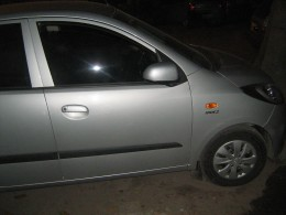 Hyundai i10 Magna 1.1 Next Gen Sleek Silver Side view