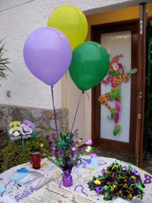 Birthday party balloon decoration ideas party favors ideas for Birthday balloon centerpiece ideas