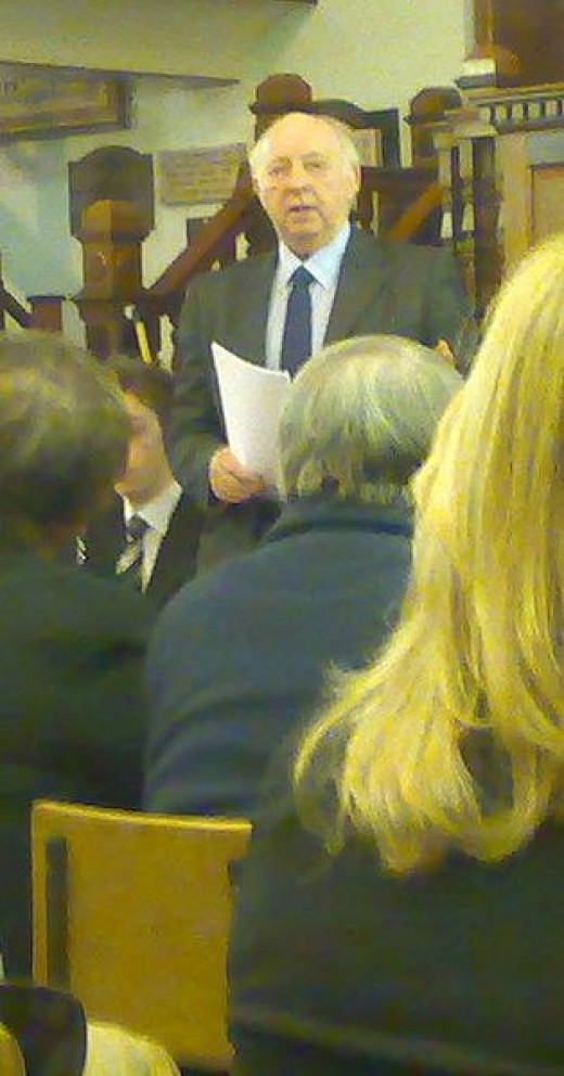 Arthur Scargill speaking to a meeting of the Socialist Labour Party