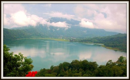 Lake Buyan, which is also a sister of Lake Tamblingan in Munduk Village.