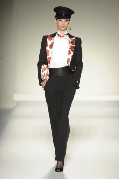 Moschino Ready to Wear Autumn Winter 2011