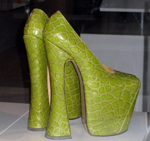 Elevator footwear ?
