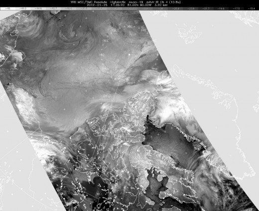 Satellite image of the North Pole from a NOAA polar-orbiting satellite. No hole here.