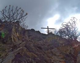 Cruz de los Misioneros in Tamaimo. Photo by Steve Andrews