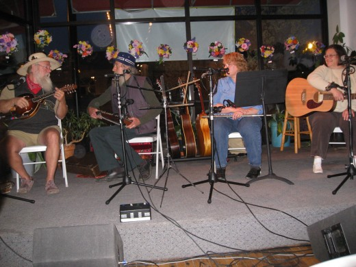 Flint Folk Music Society at the Greater Flint Arts Council