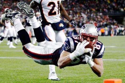 Rob Gronkowski ties an NFL mark with his third touchdown during a playoff game.
