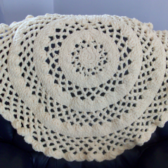 Lacy Round Baby Blanket