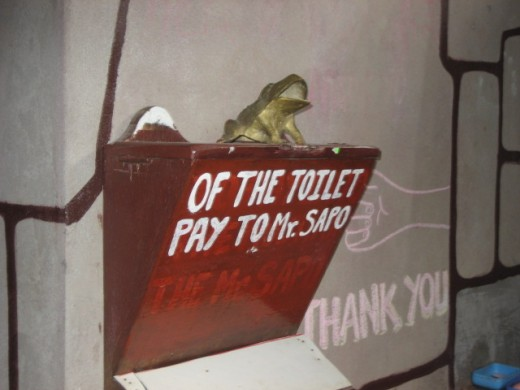 Of the Toilet, Pay to Mr. Sapo!
