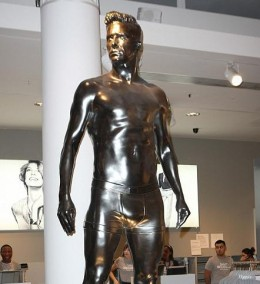 Statue of  David Beckham at the Launch courtesy dailymail.co.uk