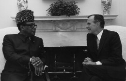 Mobutu with US President Bush after Reagan