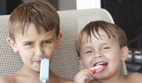 Nothing better than two sweet boys enjoying some popsicles!