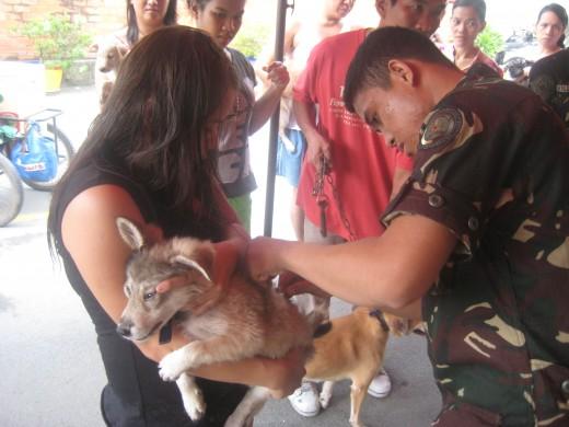 Khela and her dog, Chu-chu (an Alaskan huskies)