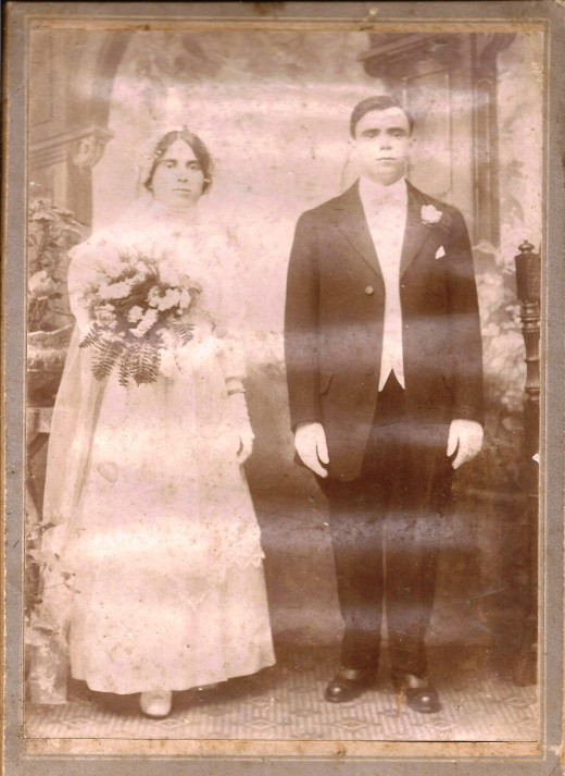My Great Grand Parent Maria Rapoza Pavao and Mariano Pavao's Wedding Photograph