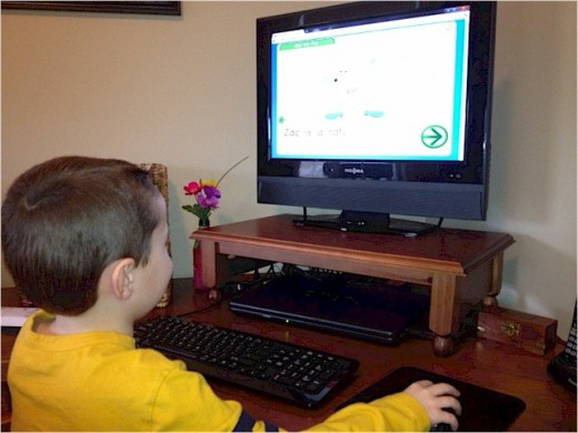 My 4 Year Old Son Using Starfall to Learn How to Read