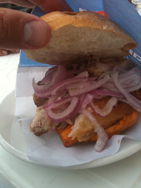 Sandwich de chicharron