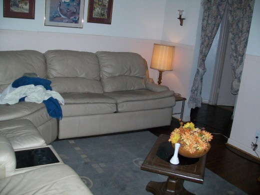 Absolutely Free Living Room Suite
