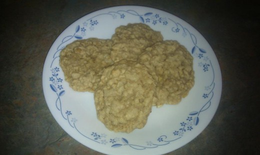 Tasty and chewy banana oatmeal cookies