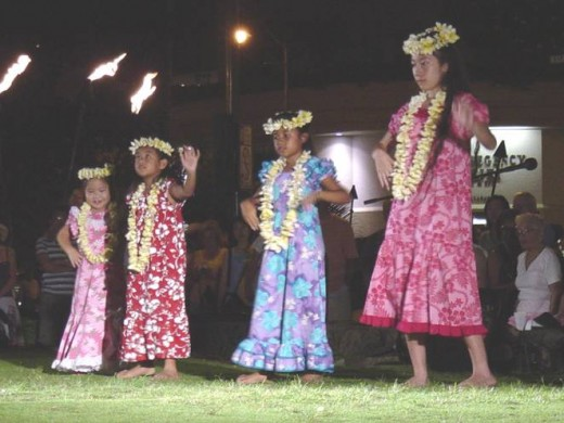 The Hula Show on Waikiki Beach