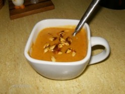 G-Ma Johnson incorporated photos into her Hub to show the preparation stages for this fragrant squash soup.