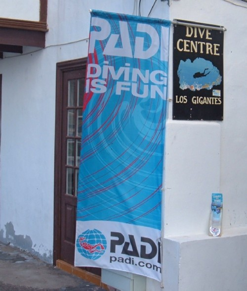 PADI Dive Centre in Los Gigantes. Photo by Steve Andrews