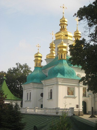 More golden domed churches around Kiev
