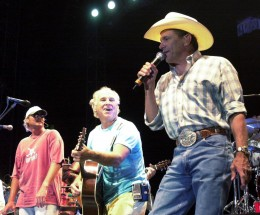 With friends Alan Jackson and Jimmy Buffett in concert in Texas. I had some close friends that were there that day and said it was an amazing show!