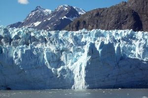 With attractions like Glacier Bay, an Alaskan cruise is more like to include ice than sandy beaches.