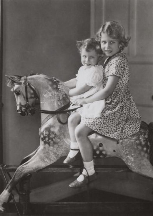 Princess Elizabeth and Princess Margaret as young children