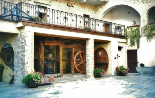 Nino Negri Winery - Winery entrance and courtyard