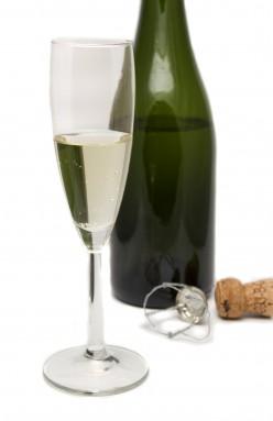 Sparkling wine for romance!