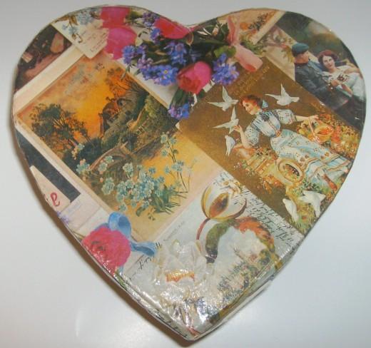 Decoupage heart box