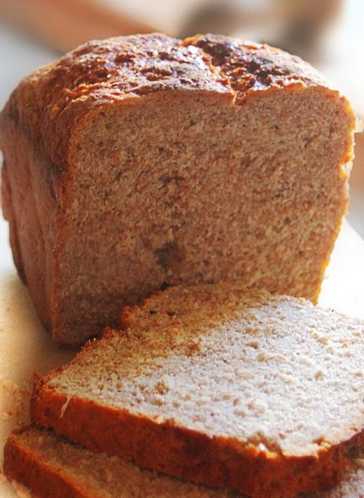 Fresh wholewheat bread
