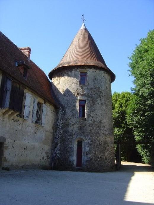 The Chateau de Peyras is magnificent