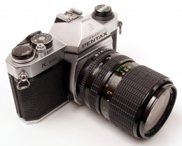Pentax K1000 a manual camera that forces you to learn the mechanics of photography