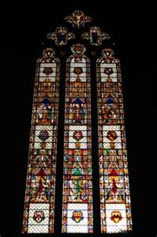 This photograph of one of the stained glass windows in the church is courtesy of en.wikipedia.org.