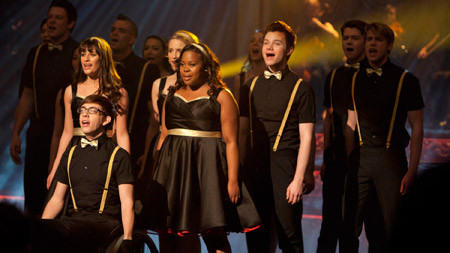 "Can ""Glee"" fix its past mixtakes in order to keep viewers?"