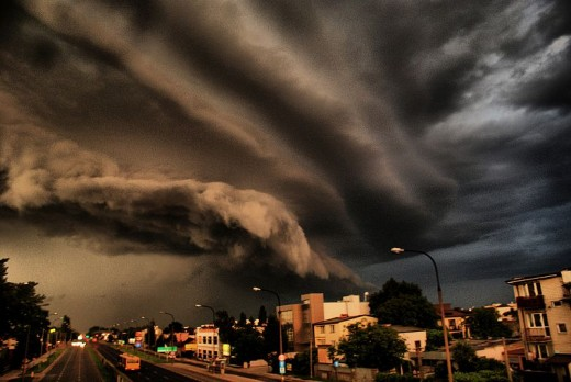 Shelf clouds captured in Warsaw. Photo: Dariusz Wierzbicki
