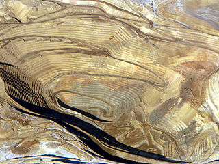 An open pit gold mine