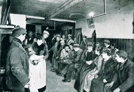 This is a historical photograph of the interior of The Frying Pan Inn at No 13 Brick Lane.