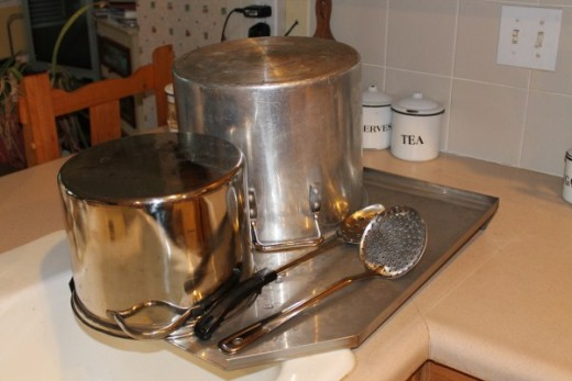Stainless Steel Drain Board holds large pots