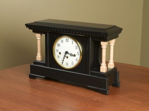 Asherry Mantel Clock
