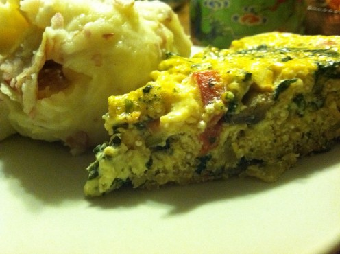 Mushroom, red pepper, spinach & swiss quiche with quinoa crust, served with garlic roasted mashed potatoes.