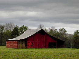 An Old Tennessee Barn