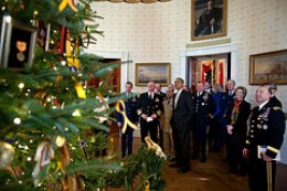 Just look at this magnificent Christmas tree in the White House. They don't grow them this big in Alabama. You can bet your Wolverine work boots on that one.