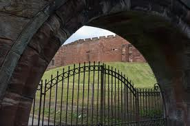 Chester Castle gateway shows its Romanesque Norman influence - rounded arches were the order of the day before Gothic pointed arches made their debut from the 12th Century