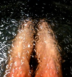 Sore Muscle Relief - Cold Baths Effective for Achy Muscles, but Risky