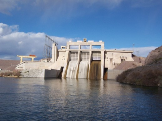 Colorado River Dam in Laughlin